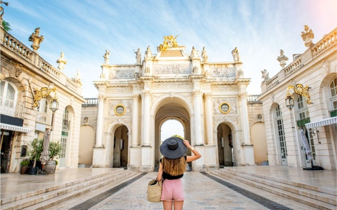 7 Best Travel Jobs For Intrepid Explorers